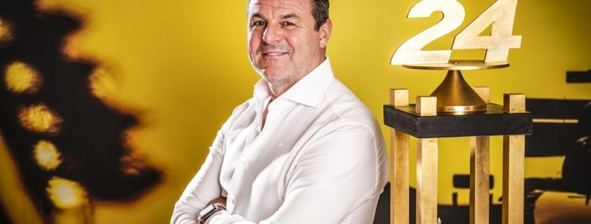 TRADE PRICE CARS RACING CONFIRM EX- F1 STAR MARK BLUNDELL FOR 2019 BTCC SEASON