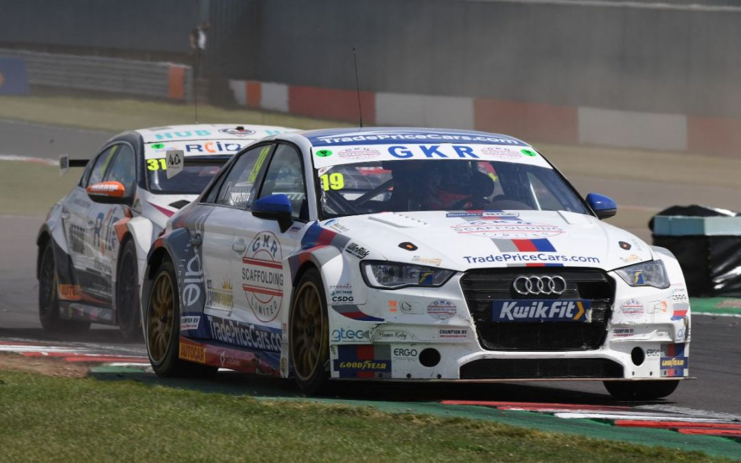 Double score for GKR TradePriceCars.com at Donington Park